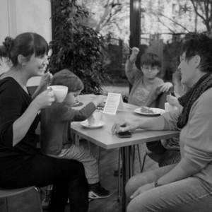 cafe2_schwarz-weiss-300x300